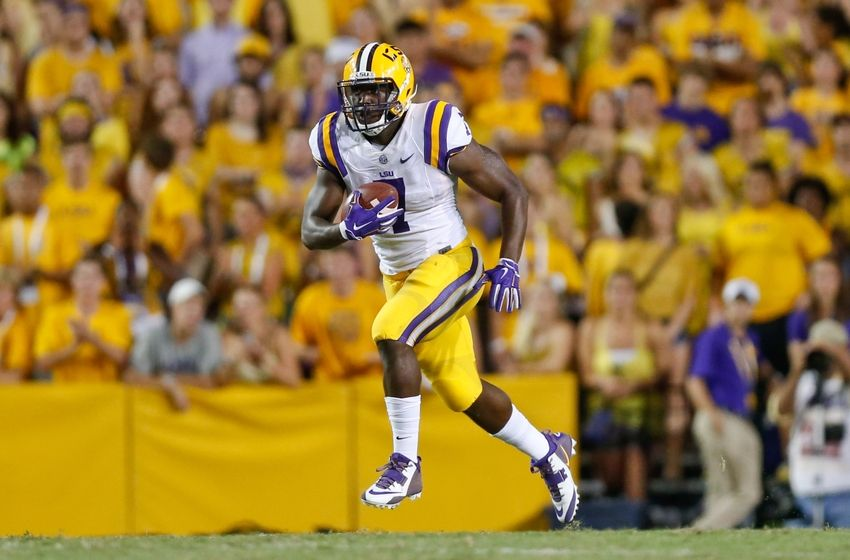 leonard-fournette-ncaa-football-mississippi-state-louisiana-state-850x560[1]